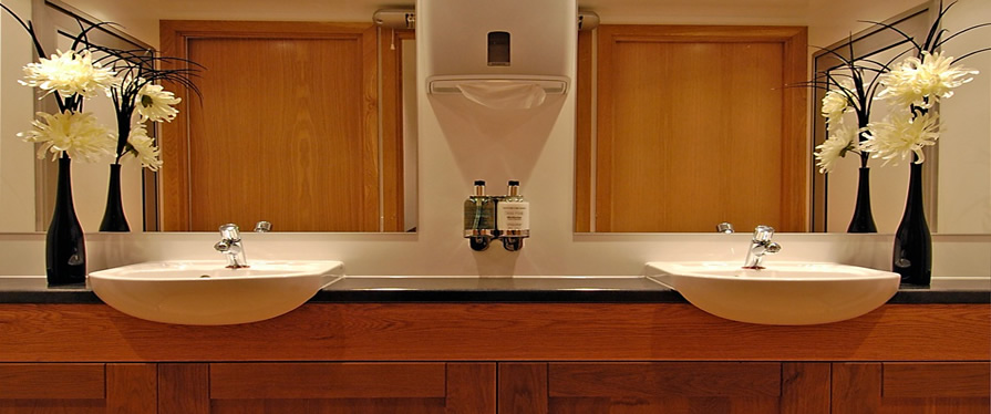 Peagreen Luxury Mobile Toilet Manufacturers